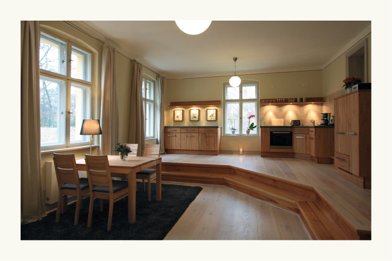 landhaus luise apartment friederike. Black Bedroom Furniture Sets. Home Design Ideas